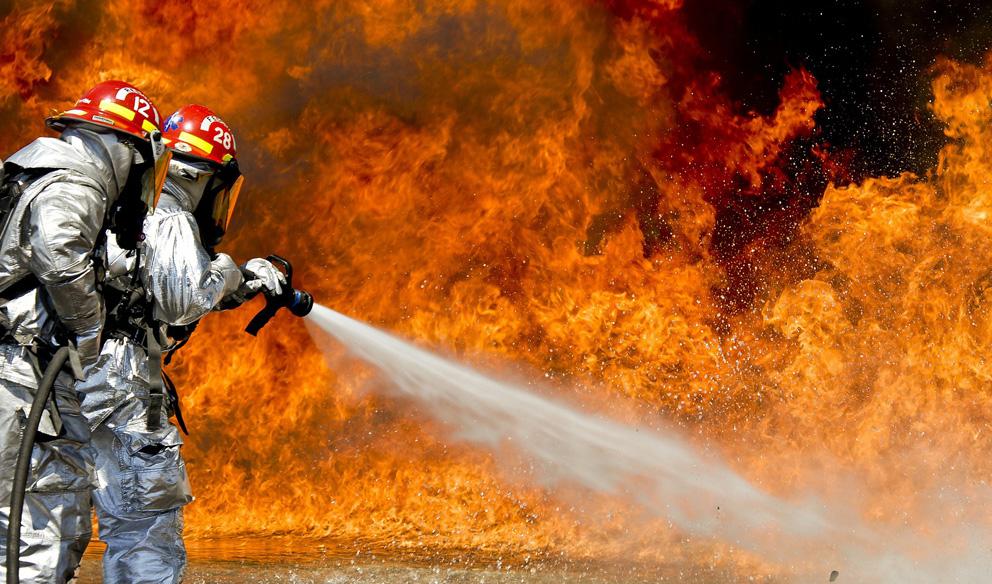 ชั้นของไฟและการใช้เครื่องมือดับไฟ (Classification of fires and appropriate extinguishing agents)